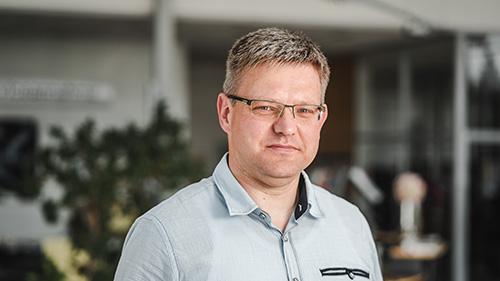 Dennis Zschaechner